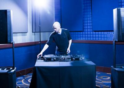 Bose F1 812 & F1 Sub with a DJ